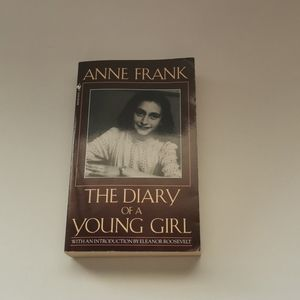 🐢 3 for $25 💘 The Diary Of A Young Girl